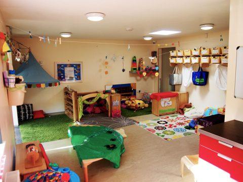 P7300639---Baby-room